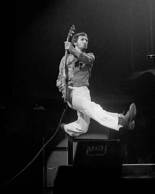 Pete-Townshend-Hulst-Featured